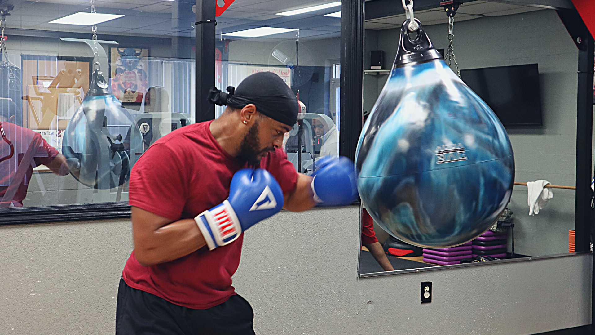 Young man boxing using atp energy system